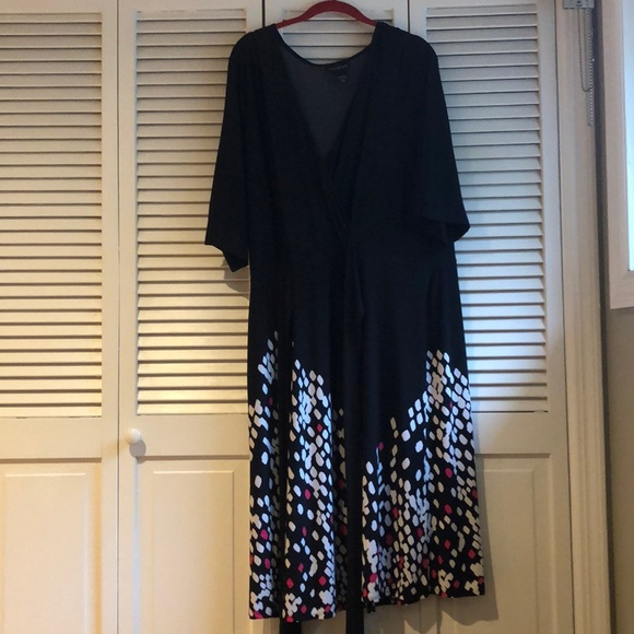 Lane Bryant Dresses & Skirts - Faux Wrap Dress — very stretchy!